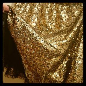 Xhilaration black & gold sequin skirt.